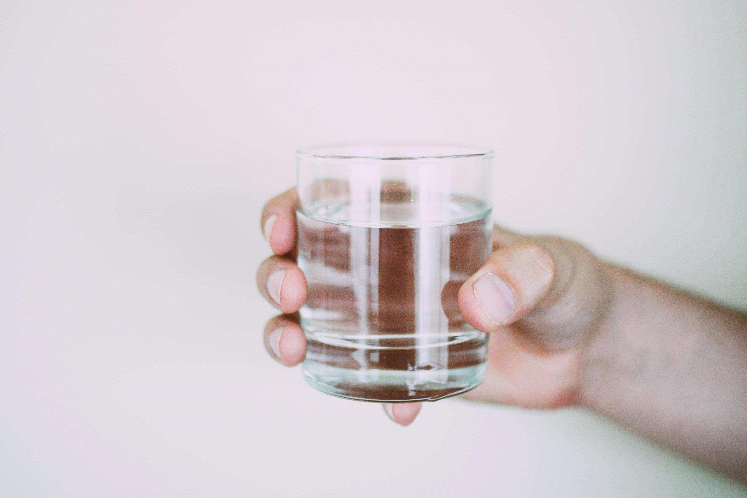 Chronická dehydratácia alebo nie ste chorí, ste len smädní!