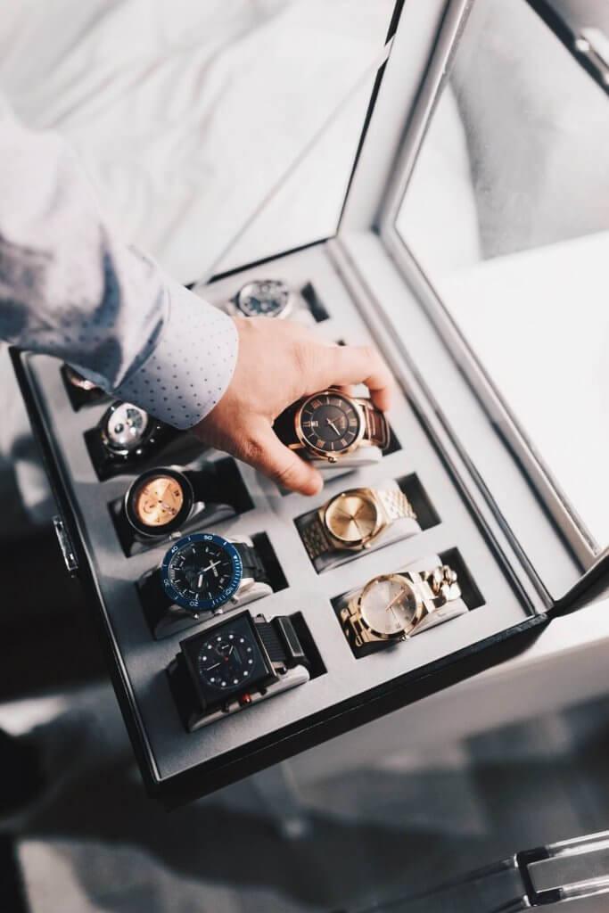 výber hodiniek