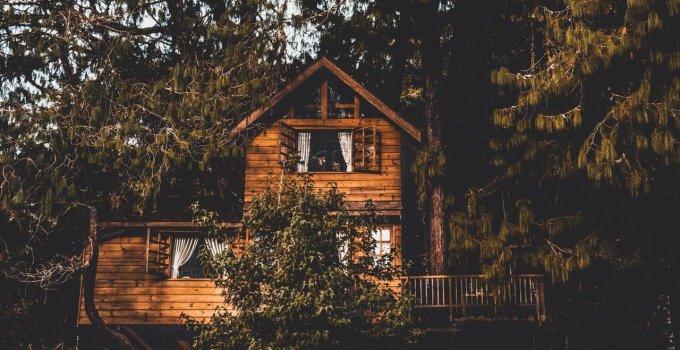 7 tipov na domy na strome na Slovensku
